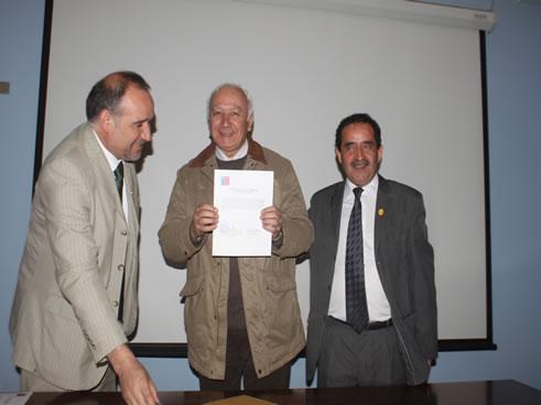 En acto firmaPlan de Fortalecimiento de la Educación Pública, estuvo presente el seremi de la cartera, Marcelo Segura y algunos de alcaldes de la provincia de Malleco.  ANGOL.-El alcalde, […]